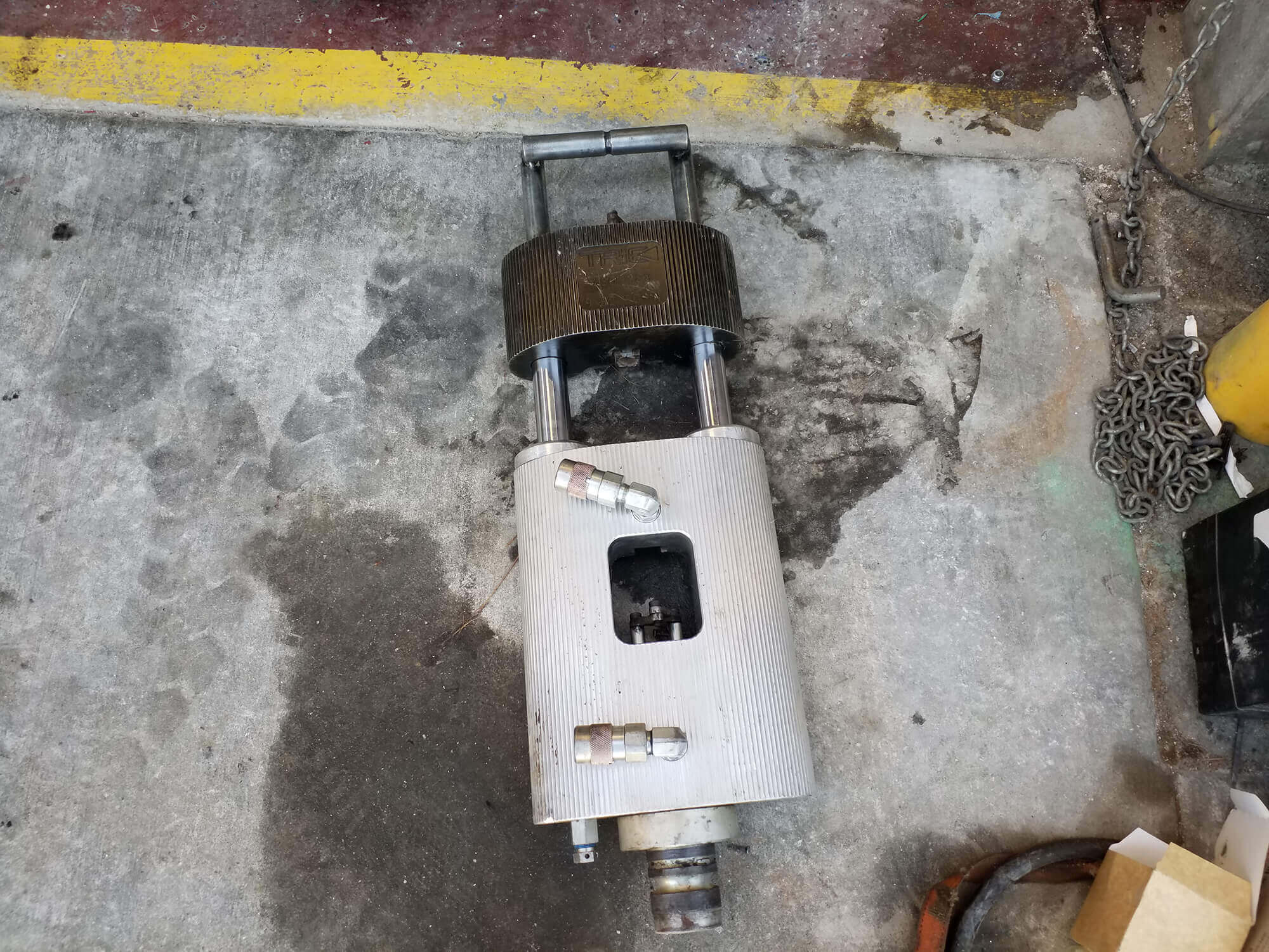 Tric Hydraulic Ram Repair - Trenchless Equipment Service & Repair